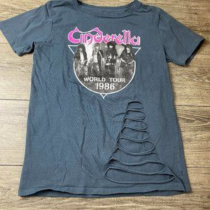 "CINDERELLA Band ""World Tour 1986""  Ripped Tee S"